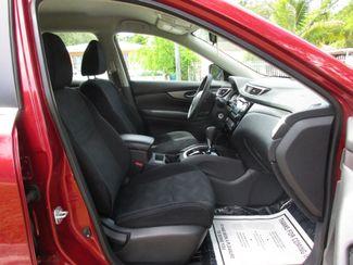 2016 Nissan Rogue SV Miami, Florida 11
