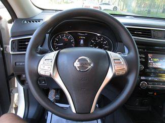 2016 Nissan Rogue SV Miami, Florida 18