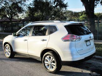 2016 Nissan Rogue SV Miami, Florida 2