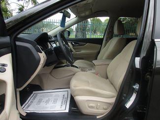2016 Nissan Rogue SV Miami, Florida 10