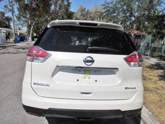 2016 Nissan Rogue SV Miami, Florida 3