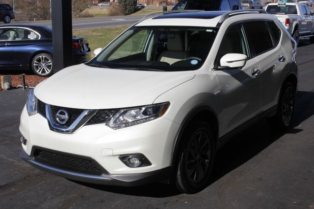 2016 Nissan Rogue SL PREMIUM EDITION AWD - NAV - SUNROOFS! Mooresville , NC 23