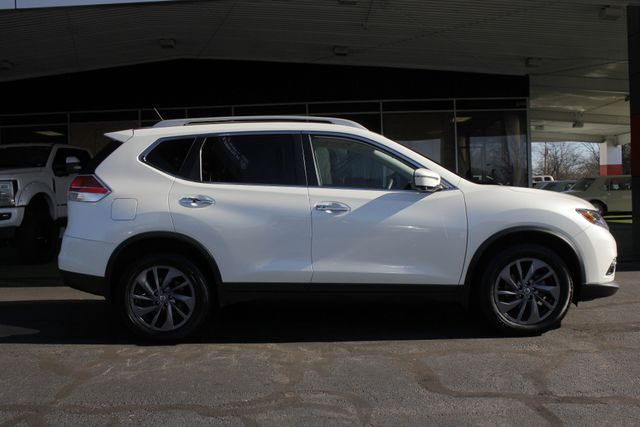 2016 Nissan Rogue SL PREMIUM EDITION AWD - NAV - SUNROOFS! Mooresville , NC 16