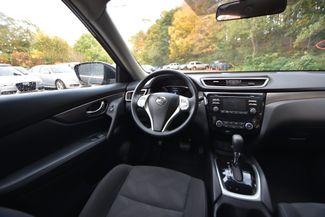 2016 Nissan Rogue SV Naugatuck, Connecticut 9