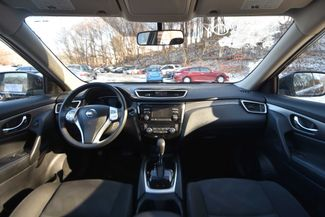 2016 Nissan Rogue SV Naugatuck, Connecticut 11