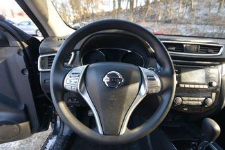 2016 Nissan Rogue SV Naugatuck, Connecticut 14