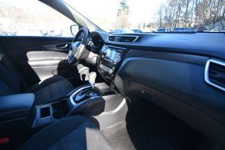 2016 Nissan Rogue S Naugatuck, Connecticut 9