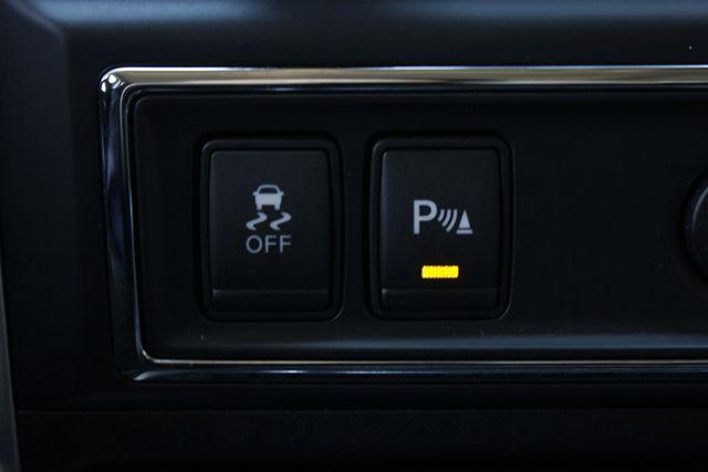 2016 Nissan Titan XD SL Crew Cab 4x4 - CUMMINS DIESEL - EXTRA$! Mooresville , NC 46