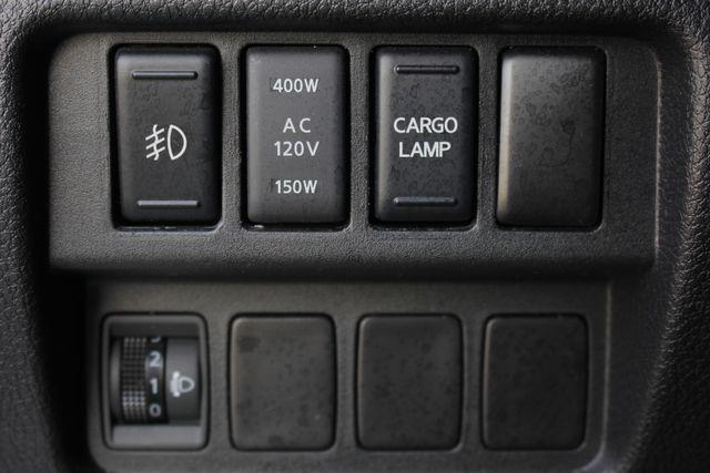 2016 Nissan Titan XD SL Crew Cab 4x4 - CUMMINS DIESEL - EXTRA$! Mooresville , NC 39