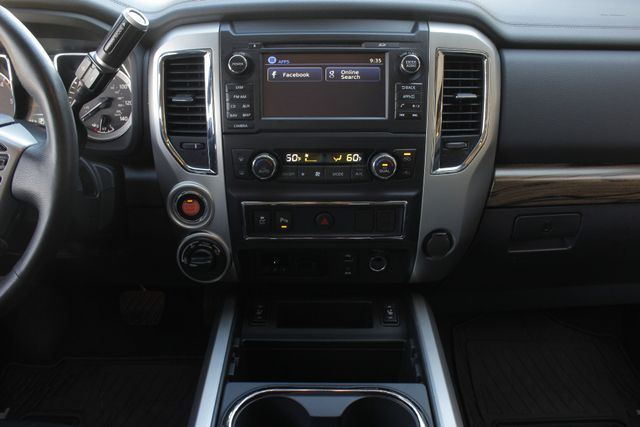 2016 Nissan Titan XD SL Crew Cab 4x4 - CUMMINS DIESEL - EXTRA$! Mooresville , NC 11