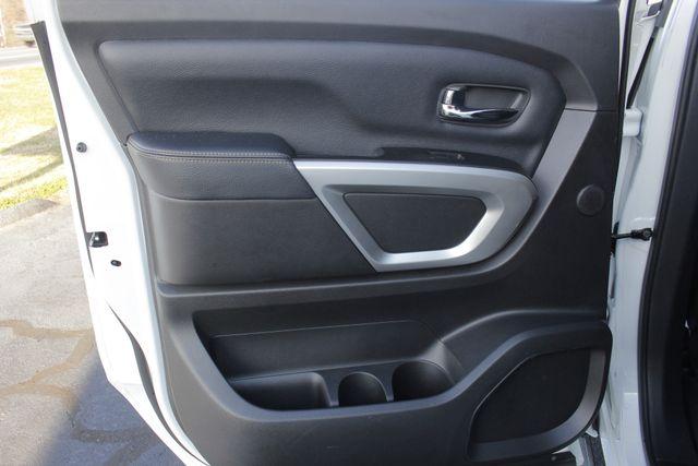 2016 Nissan Titan XD SL Crew Cab 4x4 - CUMMINS DIESEL - EXTRA$! Mooresville , NC 56