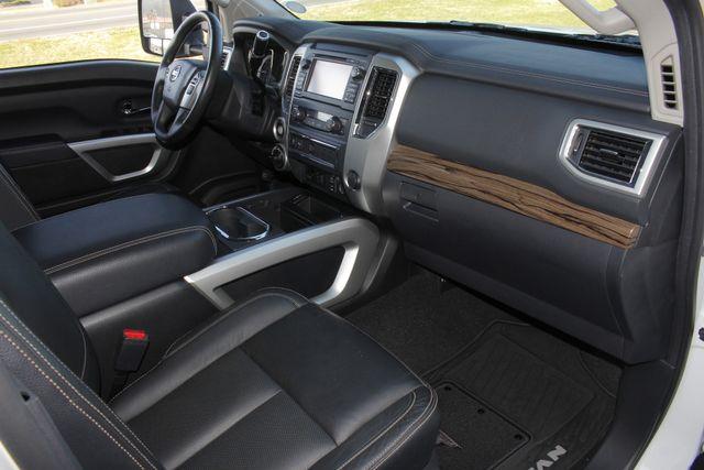 2016 Nissan Titan XD SL Crew Cab 4x4 - CUMMINS DIESEL - EXTRA$! Mooresville , NC 38