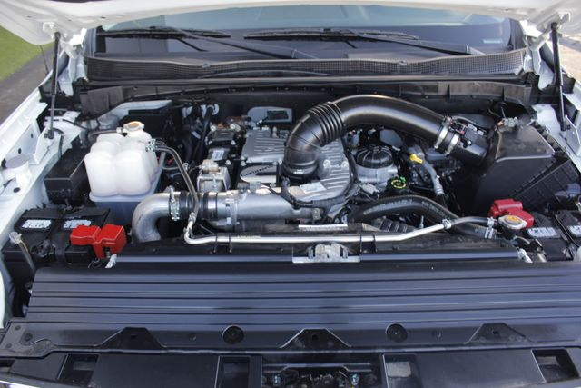 2016 Nissan Titan XD SL Crew Cab 4x4 - CUMMINS DIESEL - EXTRA$! Mooresville , NC 58