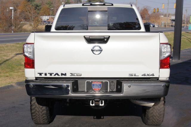 2016 Nissan Titan XD SL Crew Cab 4x4 - CUMMINS DIESEL - EXTRA$! Mooresville , NC 18