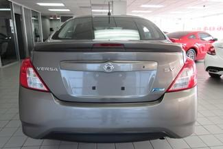 2016 Nissan Versa SV Chicago, Illinois 5