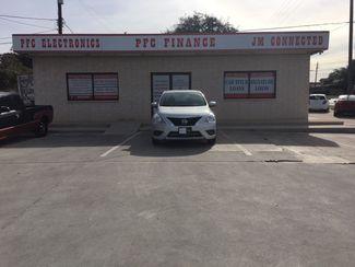 2016 Nissan Versa SV Devine, Texas 3