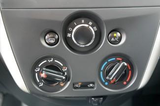 2016 Nissan Versa SV Hialeah, Florida 21