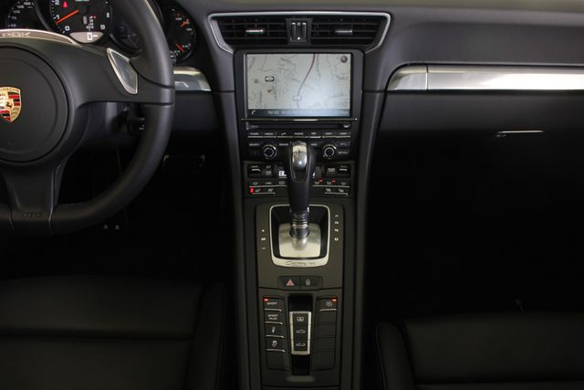 2016 Porsche 911 Carrera 4S AWD -  MSRP $139,315! Mooresville , NC 12