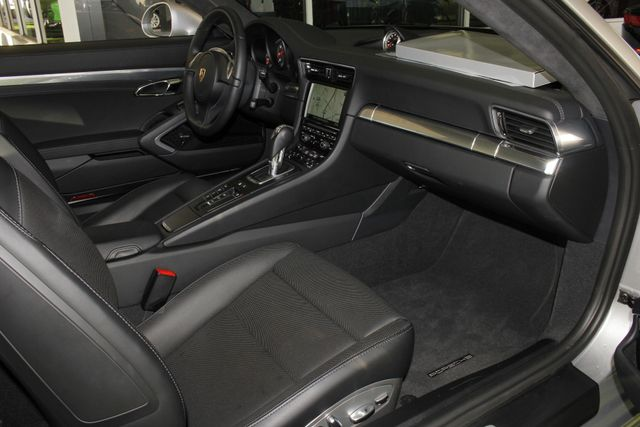 2016 Porsche 911 Carrera 4S AWD -  MSRP $139,315! Mooresville , NC 34