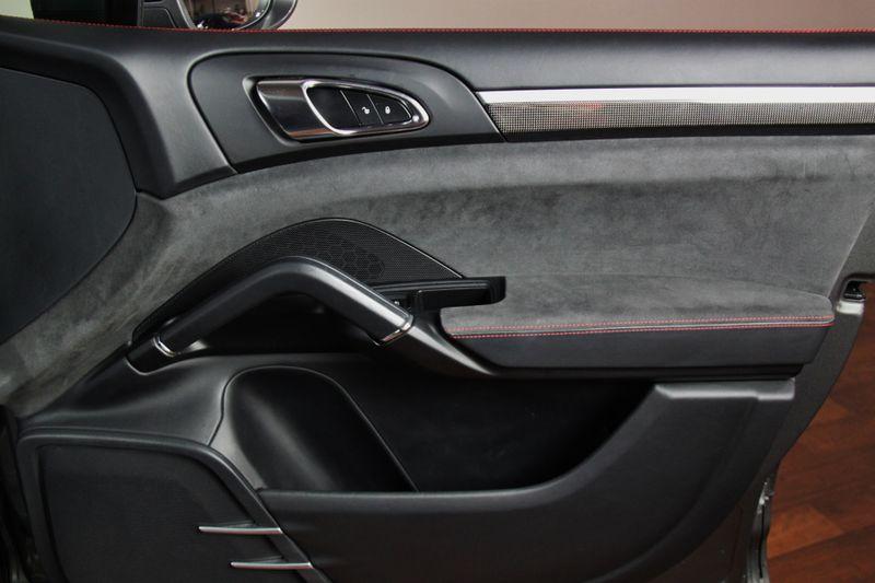 2016 Porsche Cayenne GTS in Carrollton, TX