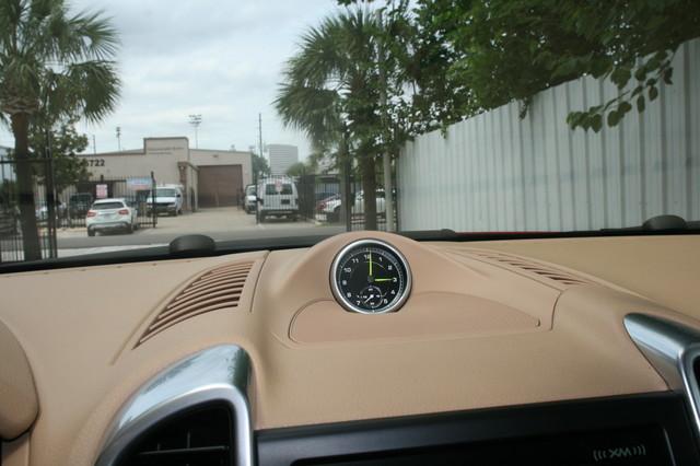 2016 Porsche Cayenne S E-Hybrid Houston, Texas 26
