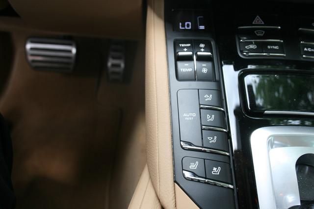 2016 Porsche Cayenne S E-Hybrid Houston, Texas 33