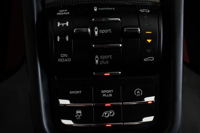 2016 Porsche Cayenne GTS AWD - PREMIUM PKG PLUS! Mooresville , NC 39