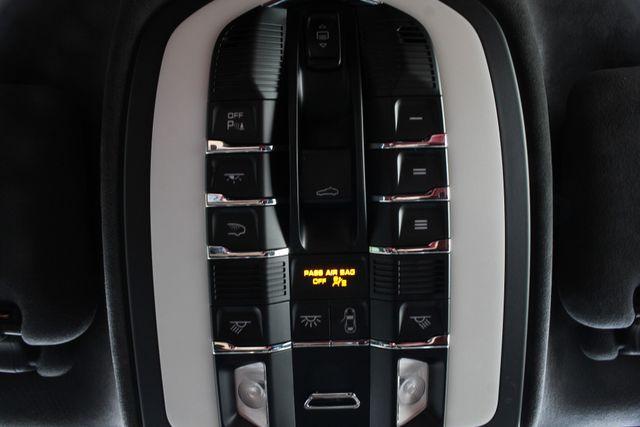 2016 Porsche Cayenne GTS AWD - PREMIUM PKG PLUS! Mooresville , NC 42