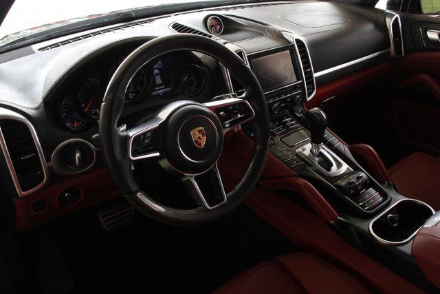 2016 Porsche Cayenne GTS AWD - PREMIUM PKG PLUS! Mooresville , NC 31