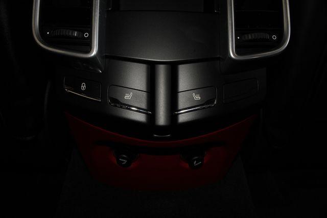 2016 Porsche Cayenne GTS AWD - PREMIUM PKG PLUS! Mooresville , NC 43