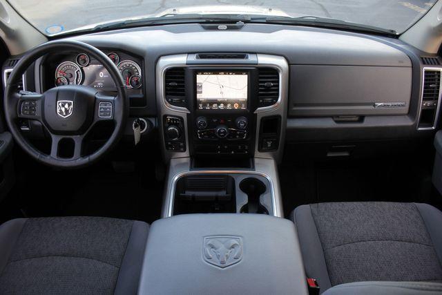 2016 Ram 1500 Big Horn Crew Cab 4x4 -  NAV - HEATED BUCKETS! Mooresville , NC 25