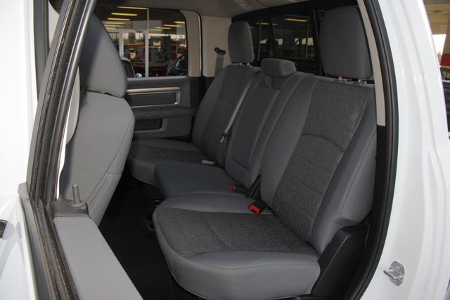 2016 Ram 1500 Big Horn Crew Cab 4x4 -  NAV - HEATED BUCKETS! Mooresville , NC 10