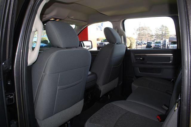 2016 Ram 1500 Big Horn Crew Cab 4x4 - NAV - HEATED BUCKETS! Mooresville , NC 39