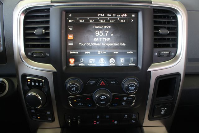 2016 Ram 1500 Big Horn Crew Cab 4x4 - HEATED BUCKETS! Mooresville , NC 34