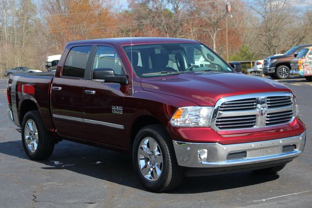 2016 Ram 1500 Big Horn Crew Cab 4x4 - HEATED BUCKETS! Mooresville , NC 19
