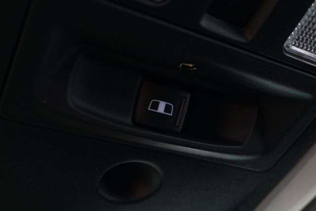 2016 Ram 2500 SLT Mega Cab 4x4 - LIFTED - 6SP MANUAL! Mooresville , NC 51