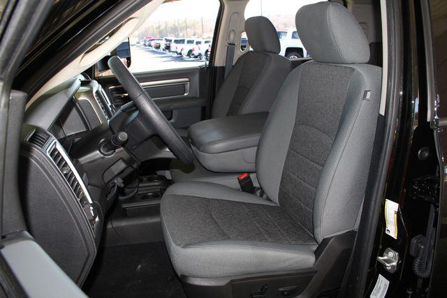 2016 Ram 2500 SLT Mega Cab 4x4 - LIFTED - 6SP MANUAL! Mooresville , NC 8