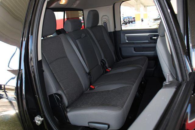 2016 Ram 2500 SLT Mega Cab 4x4 - LIFTED - 6SP MANUAL! Mooresville , NC 13