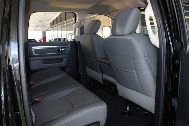 2016 Ram 2500 SLT Mega Cab 4x4 - LIFTED - 6SP MANUAL! Mooresville , NC 53