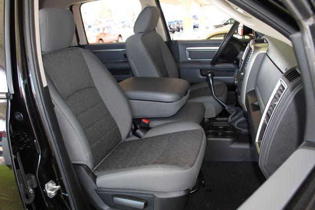 2016 Ram 2500 SLT Mega Cab 4x4 - LIFTED - 6SP MANUAL! Mooresville , NC 14