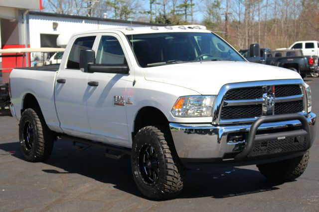 2016 Ram 2500 Crew Cab 4x4 - LIFTED - TRUE MANUAL SHIFT! Mooresville , NC 23