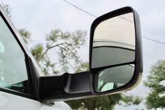 2016 Ram 3500 SRW Tradesman Crew Cab 4X4 6.7L Cummins Diesel 6 Speed Manual Sealy, Texas 22