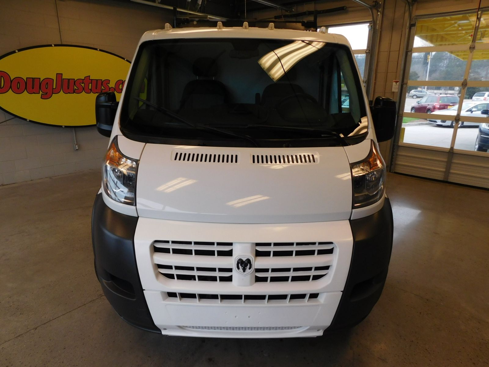 2016 ram promaster cargo van 1500 standard city tn doug for Metro motors knoxville tennessee