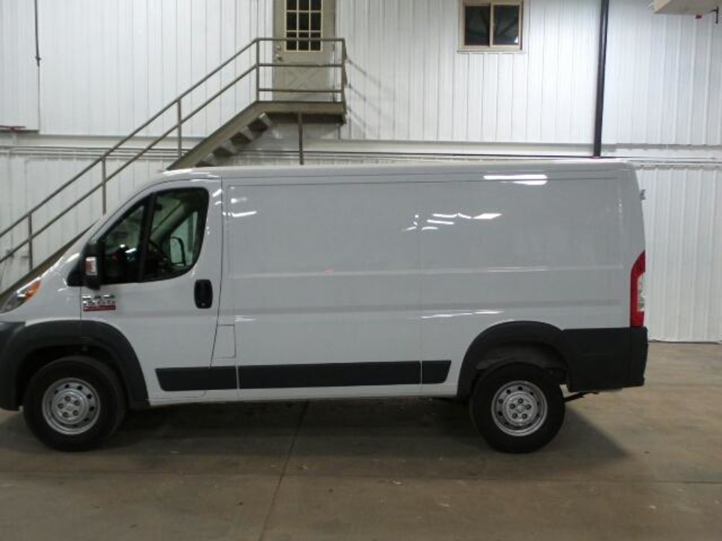 2016 ram promaster cargo van 1500 low roof 136 wb. Black Bedroom Furniture Sets. Home Design Ideas