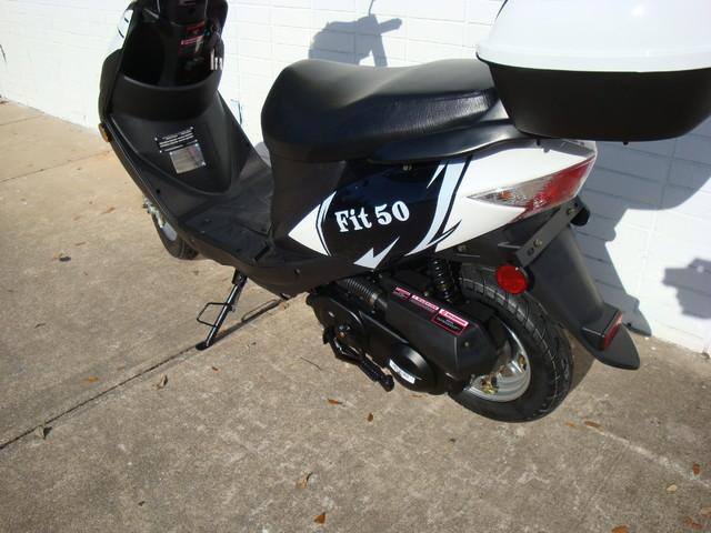 2017 Riya Fit-50 Scooter Daytona Beach, FL 2