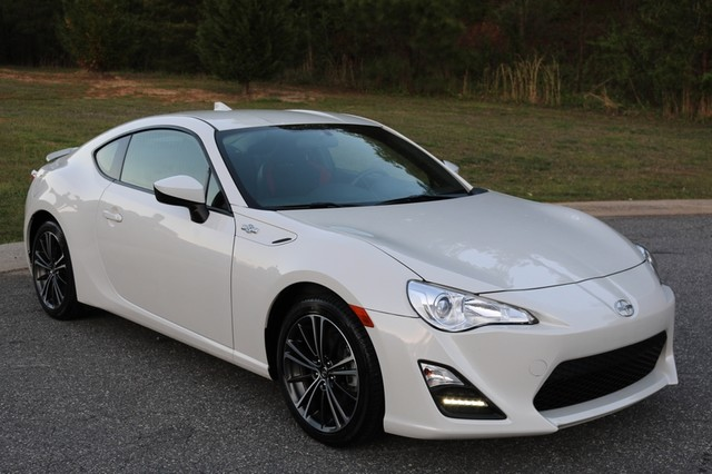 2016 scion fr s base coupe 2 door. Black Bedroom Furniture Sets. Home Design Ideas