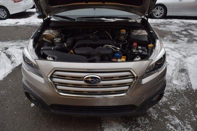 2016 Subaru Outback 2.5i Premium Richmond Hill, New York 3