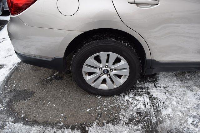 2016 Subaru Outback 2.5i Premium Richmond Hill, New York 5