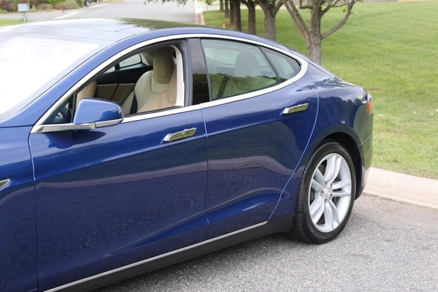 2016 Tesla Model S 85 Mooresville, North Carolina 88