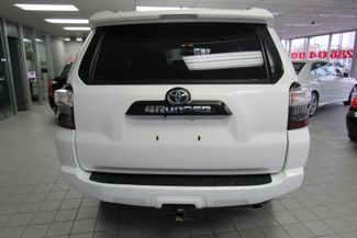 2016 Toyota 4Runner SR5 W/ NAVIGATION SYSTEM/ BACK UP CAM Chicago, Illinois 4